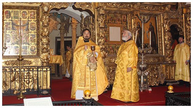 Первая литургия в храме Спаса Нерукотворного 095