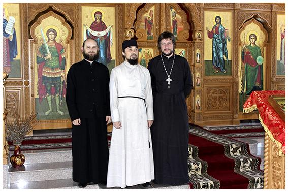 С настоятелем храмаРождества Богородицы г. Невельска прот. Константином Гераськовым