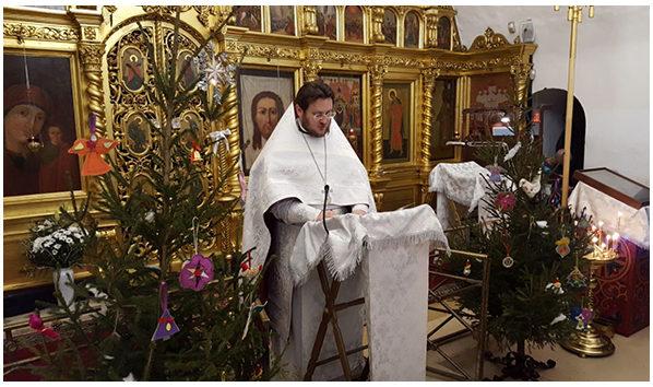 Рождественская служба в Храме Покрова Пресвятой Богородицы в Филях в ночь с 6 на 7 января 2018 г