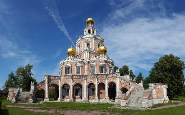 МОЛЕБЕН перед началом реставрационных работ в Храме